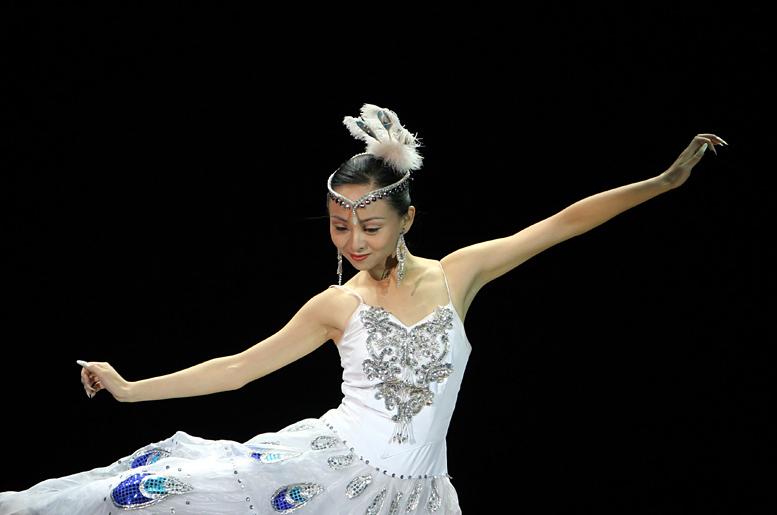 Tai Lihua, cosechando el éxito ante la adversidad