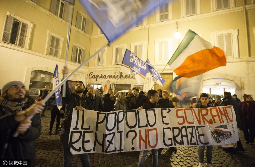 Partidarios del no celebran la derrota de Renzi