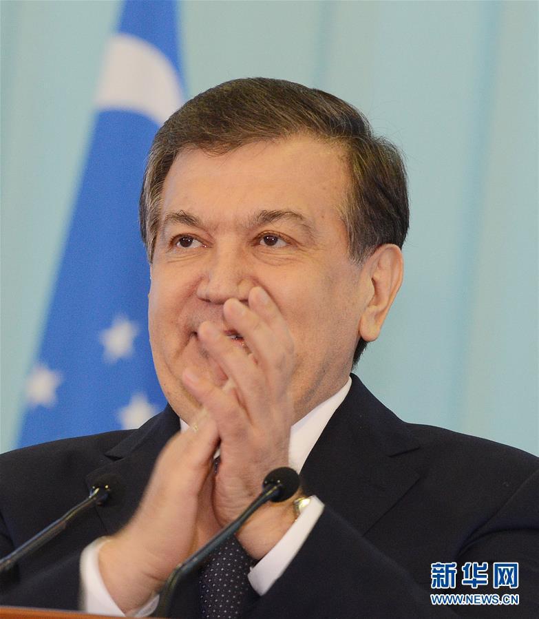 Лидер Китая Си Цзиньпин поздравил нового президента Узбекистана с его избранием
