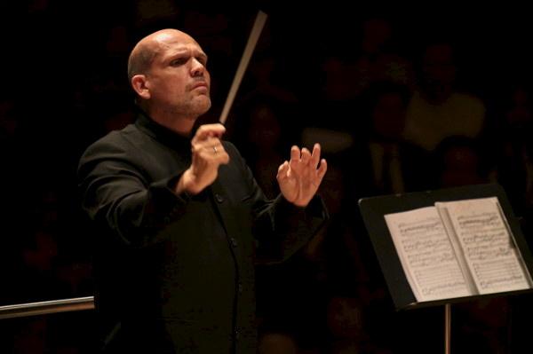 梵志登将兼任纽约爱乐乐团及香港爱乐乐团音乐总监