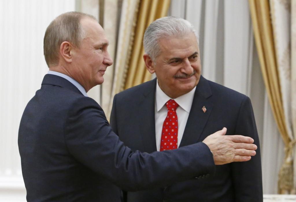 Турецкий премьер нанёс визит в Россию: Москва и Анкара восстанавливают сотрудничество