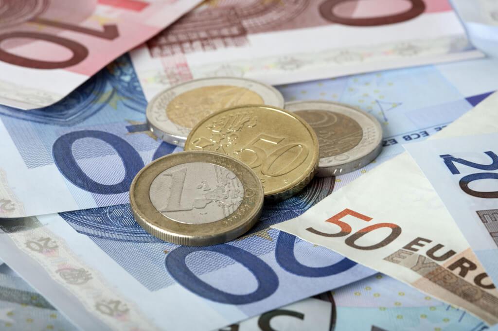BCE sopesa ampliar el Programa de Expansión Cuantitavia
