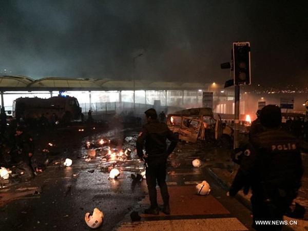 انفجاران يضربان وسط اسطنبول، وأنباء عن إصابة 20