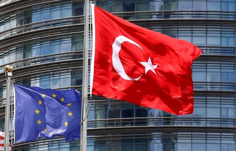 Ministros de la UE rechazan las peticiones a parar formalmente las conversaciones