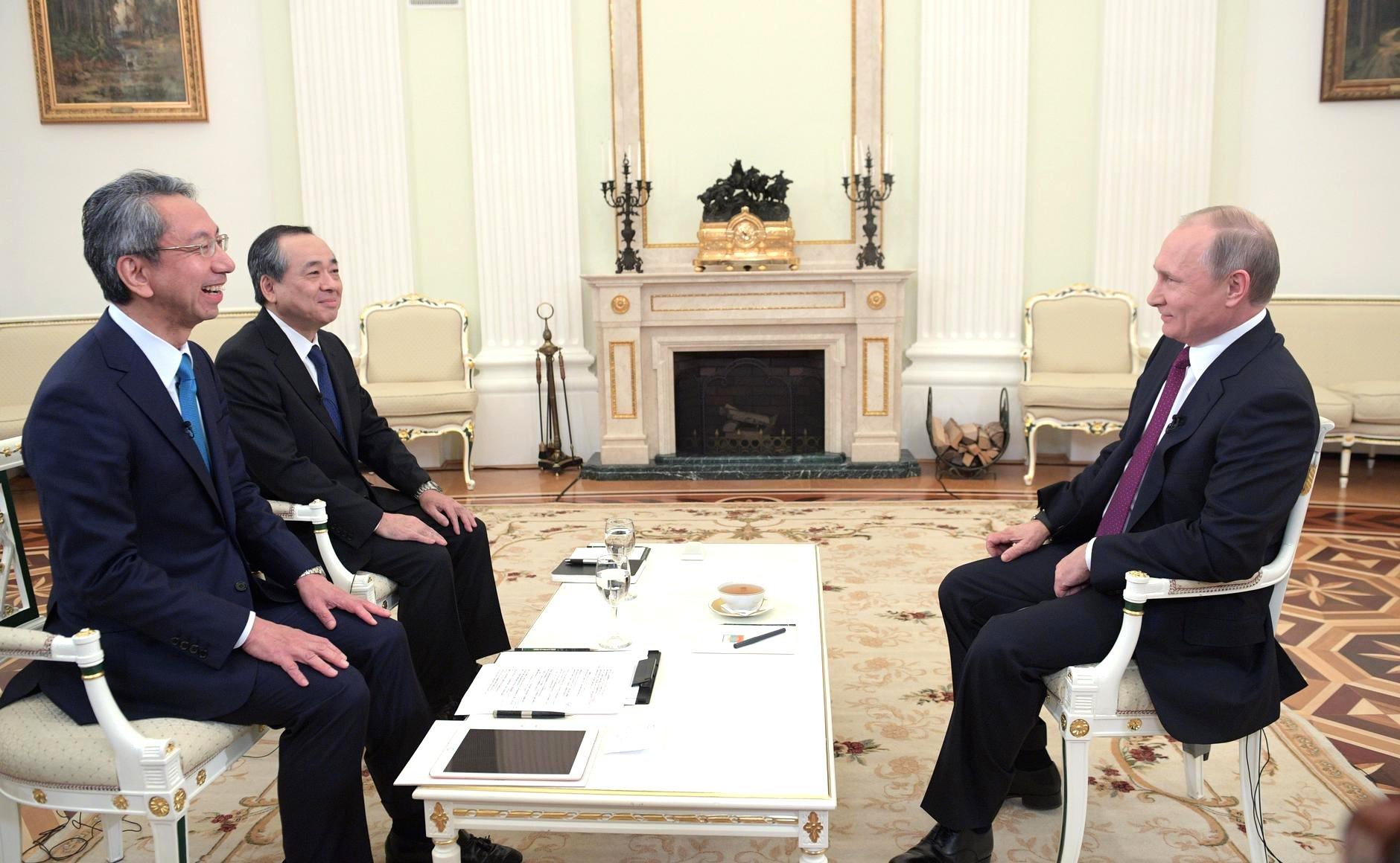 Владимир Путин дал интервью японским СМИ о китайско-российских отношениях