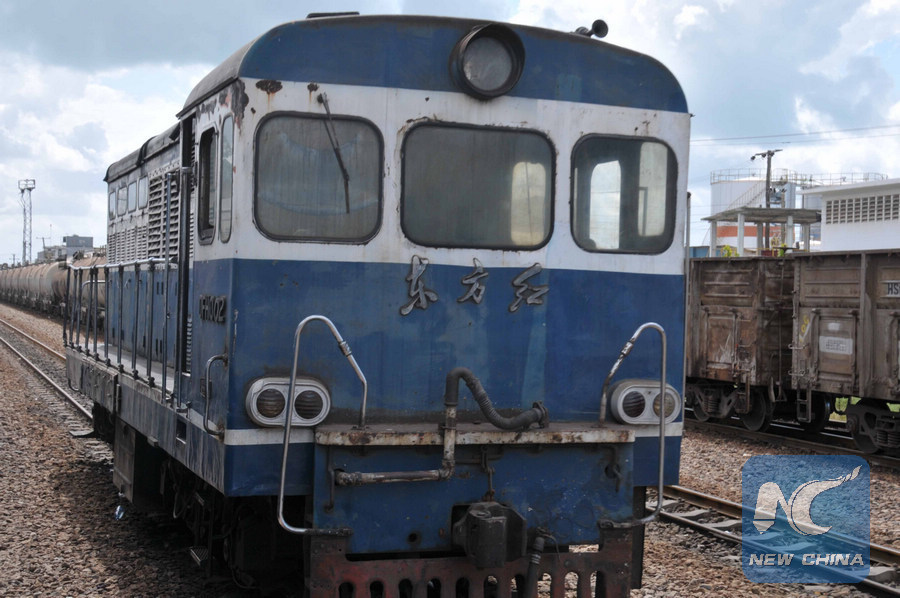 Photo taken on July 6, 2010 in a train leaving from Dar es Salaam, capital of Tanzania, shows a carriage of a train. In 1970s, tens of thousands of Chinese railway workers came here to build the 1,860-kilometer Tanzania-Zambia Railway, better known in East Africa as the TAZARA. (Xinhua/Guo Chunju)