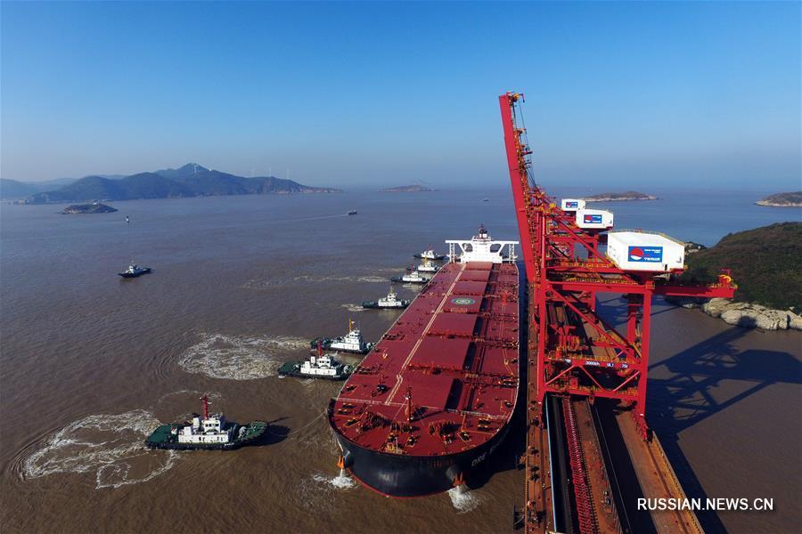 По новому судоходному пути Шэимэнь прошел первый сухогруз максимальной грузоподъемности