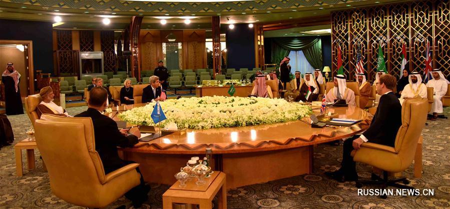 На четырехсторонних переговорах по Йемену призвали к скорейшему прекращению огня