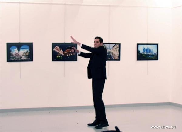 صورة المهاجم في المعرض يوم 19 ديسمبر