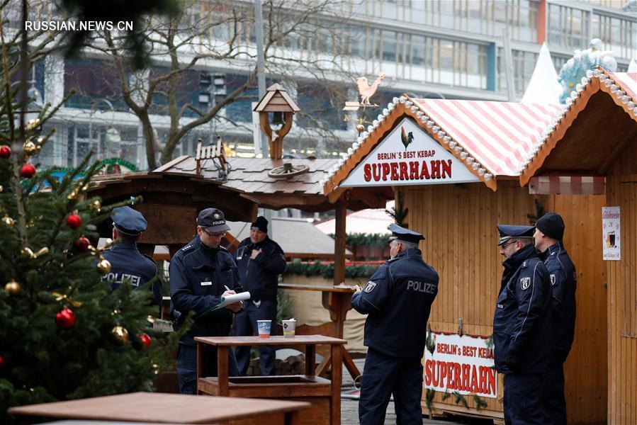 А.Меркель назвала инцидент на рождественской ярмарке в Берлине терактом