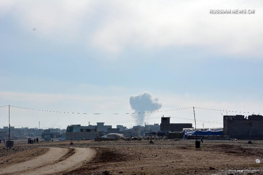 По меньшей мере 25 человек погибли в результате серии взрывов заминированных автомобилей в Мосуле