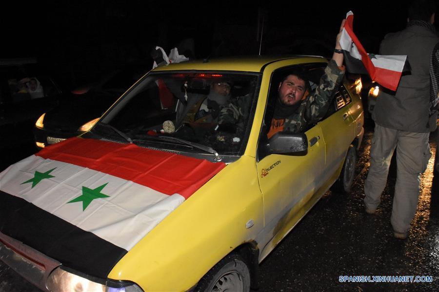 El ejército anuncia el control completo de Alepo