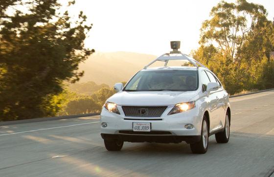 Gigantes chinos de la tecnología buscan coches automatizados