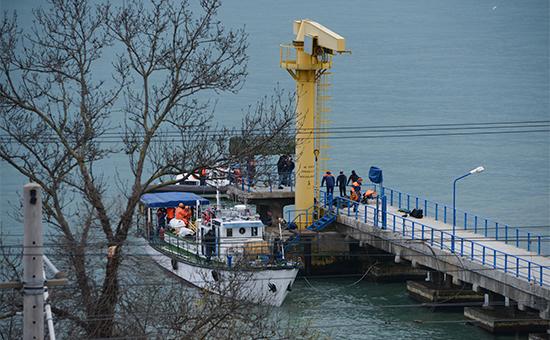 Российский Ту-154 с музыкантами и журналистами на борту разбился недалеко от Сочи