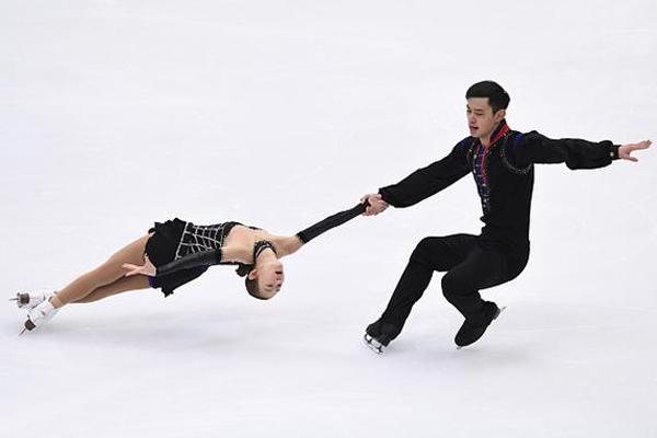 Patinaje: Peng Cheng y Jin Yang, campeones de China por parejas