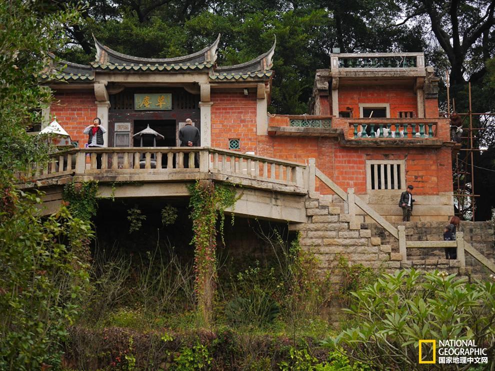 闽南民居|那些绚烂的红房子究竟起源何处