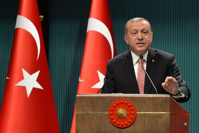 Le président turc accuse les États-Unis de soutenir les rebelles