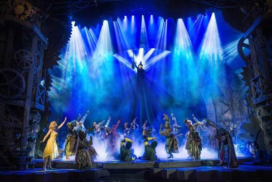 席卷全球的现象级音乐剧《魔法坏女巫》 北京开票后受热捧