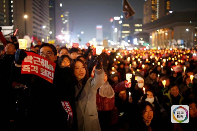 朴槿惠遭弹劾后首露面 全盘否认指控