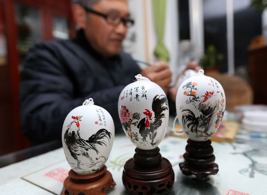 Craftsman Ruan Hailin from east China