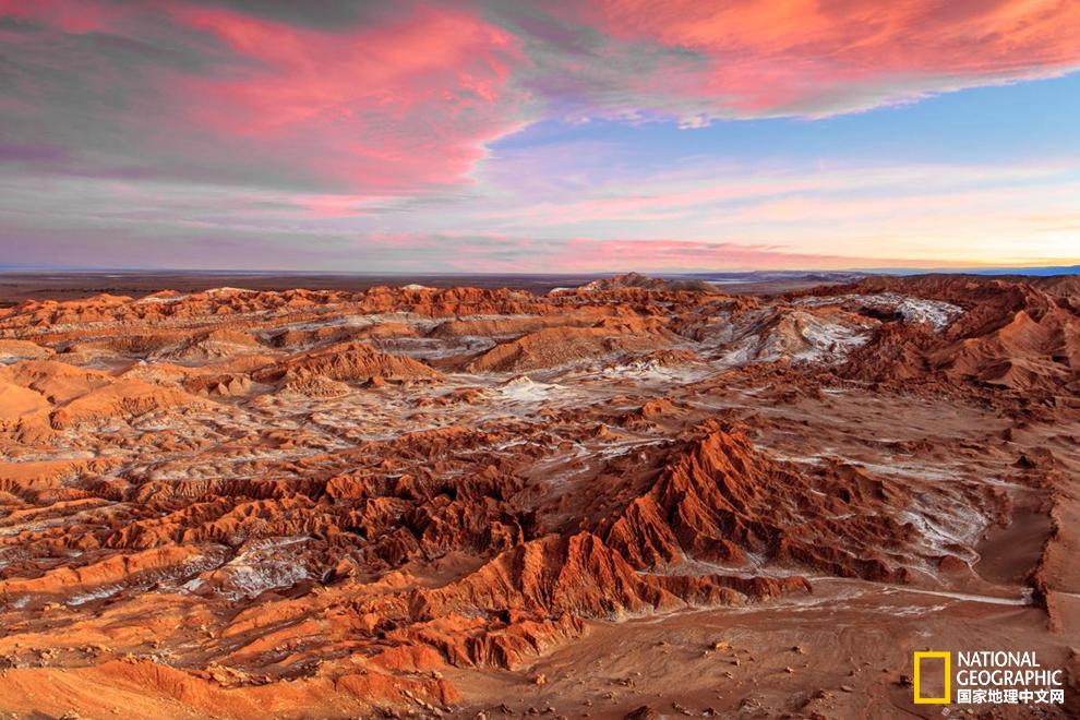 火山与星空的故事:探秘智利阿塔卡马沙漠