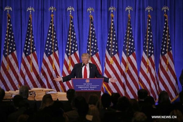 ترامب يقول انه يعتقد ان روسيا وراء الهجمات الالكترونية على الانتخابات