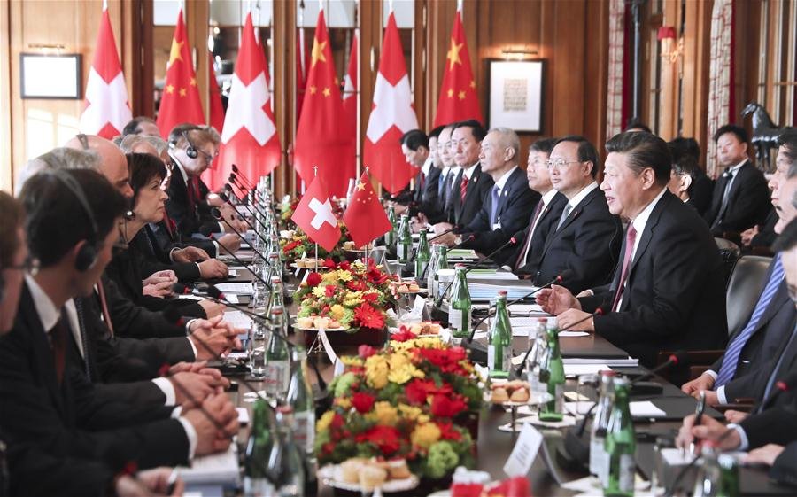 Chinese President Xi Jinping holds talks with his Swiss counterpart Doris Leuthard in Bern, Switzerland, Jan. 16, 2017. (Xinhua/Lan Hongguang)