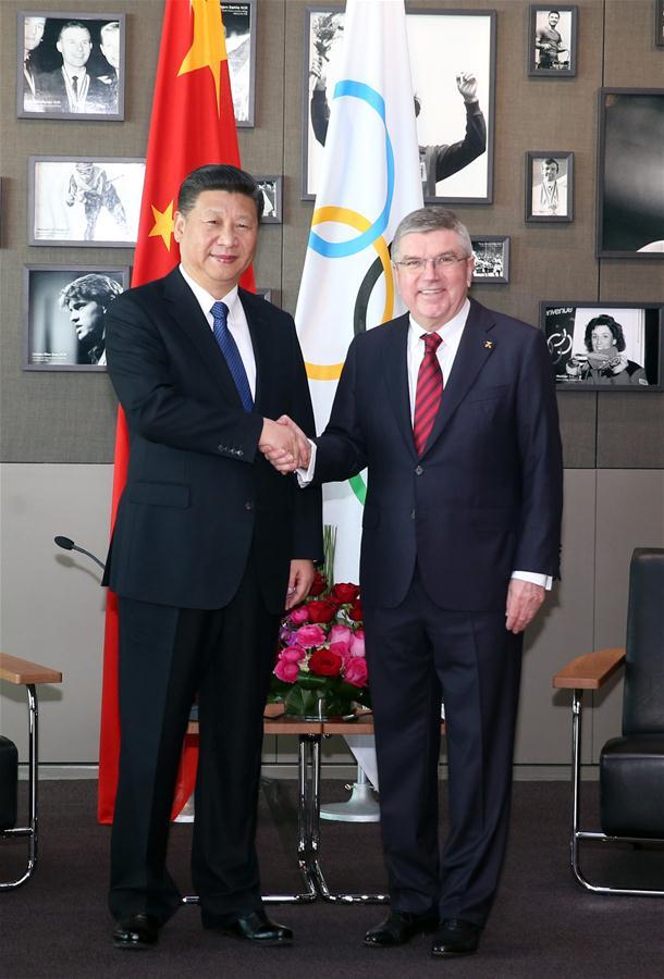 Chinese President Xi Jinping (L) meets with International Olympic Committee (IOC) President Thomas Bach at the International Olympic Museum in Lausanne, Switzerland, Jan. 18, 2017. (Xinhua/Yao Dawei)