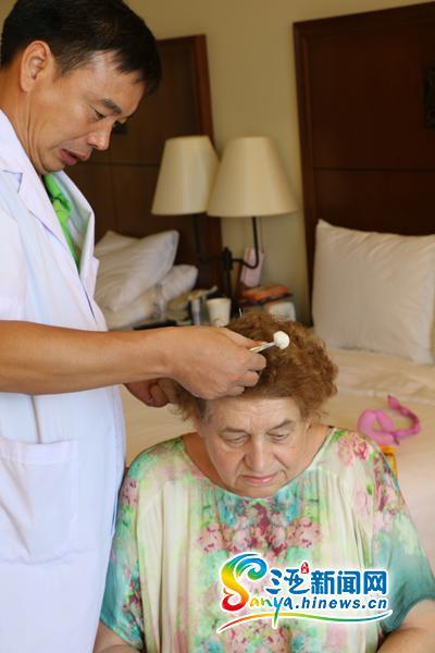 Российские туристы часто посещают в Санья клиники китайской медицины