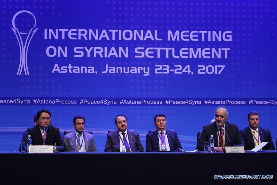 En la reunión internacional, los tres países hicieron una declaración conjunta acerca de su compromiso con la soberanía, independencia, unidad e integridad territorial de Siria.(Xinhua/Ospanov)