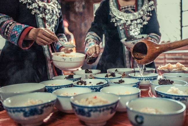 吃油茶摄影:李双喜