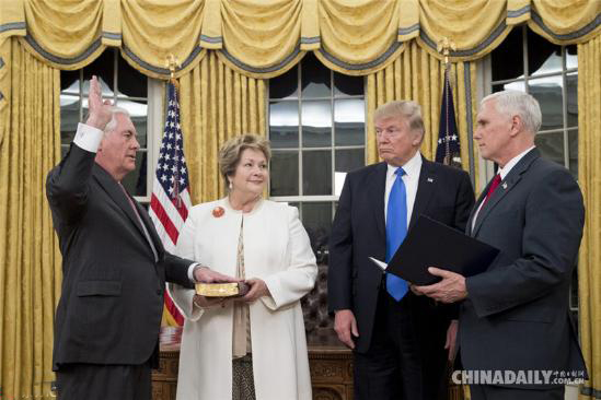 Рекс Тиллерсон официально вступил в должность госсекретаря США