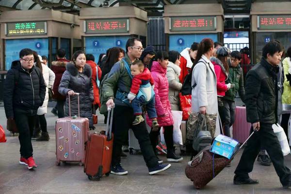 Pic de fréquentation dans les trains, avions et sur les autoroutes