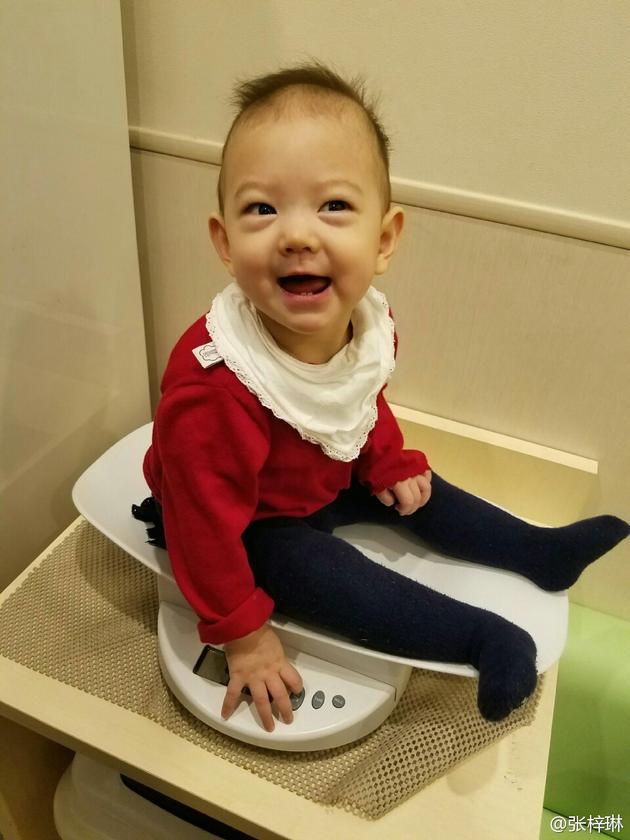 张梓琳爱女从小就知保密体重