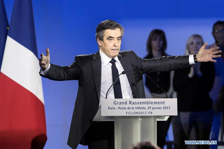 French presidential election candidate Francois Fillon delivers a speech during a political rally in Paris, France, Jan. 29, 2017. (Xinhua/Thierry Mahe)