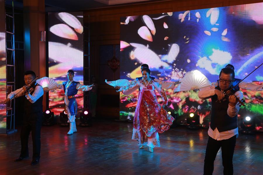 КНР и КНДР провели совместный новогодний концерт в посольстве в Пхеньяне