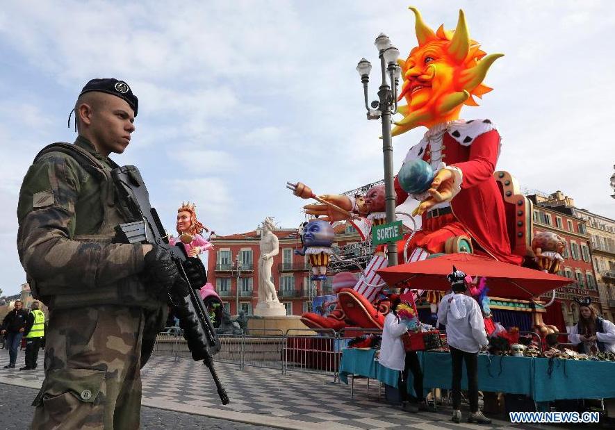 France : sécurité renforcée pour le carnaval de Nice sept mois après l