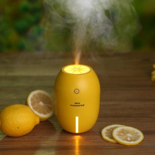 Un humidificateur et désodorisant au citron pour la maison et la voiture