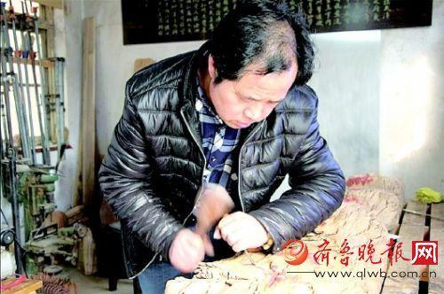 书画木雕传承百年后继无人 老手艺人年收入20万