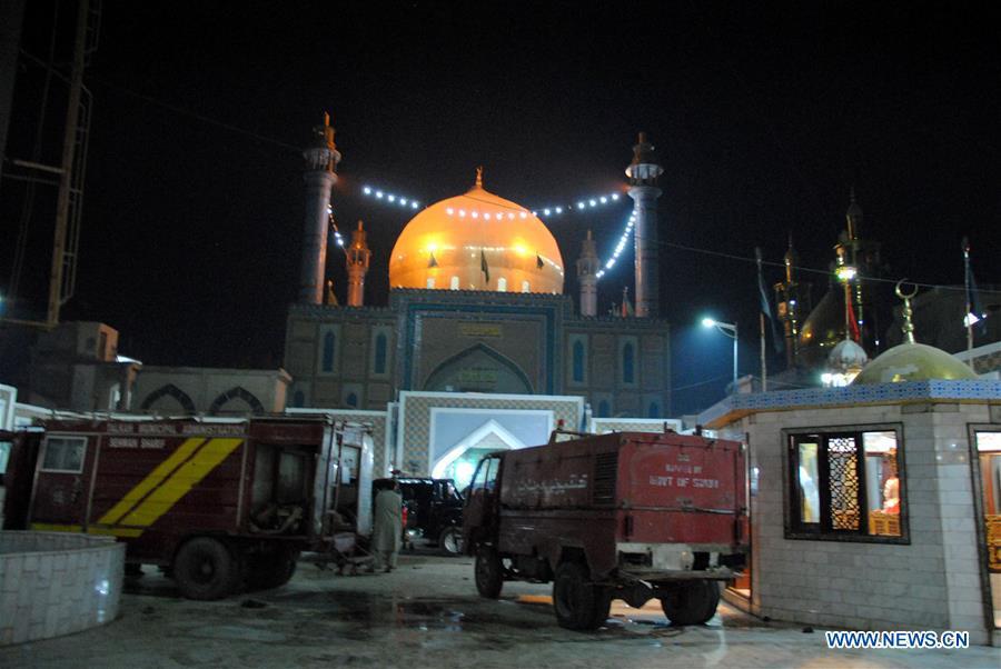 Attentat au Pakistan : plus de 70 morts dans un sanctuaire soufi, l