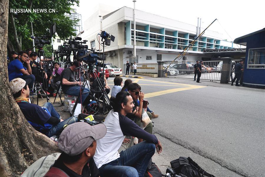 Заместитель премьер-министра Малайзии подтвердил, что скончавшийся в аэропорту гражданин КНДР является Ким Чен Намом