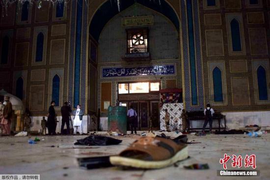 أحد المساجد في باكستان يتعرض لهجوم انتحاري