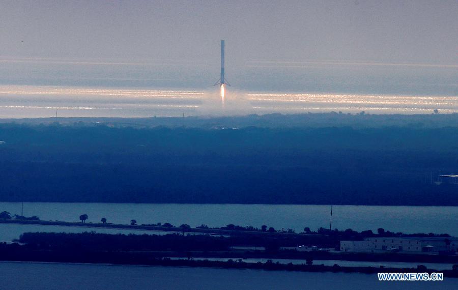 SpaceX lance avec succès une mission de ravitaillement vers l