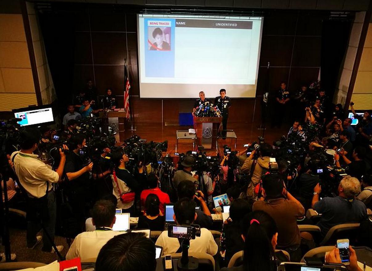 Малайзийская полиция дала родственникам погибшего брата лидера КНДР две недели, чтобы забрать тело