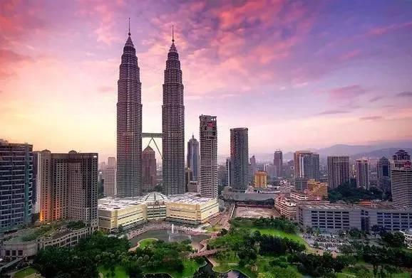 马来西亚吉隆坡  双子塔