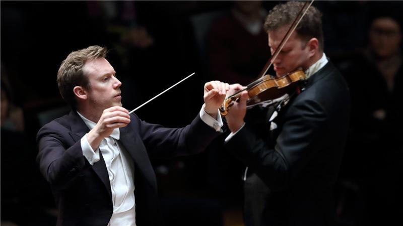 丹尼尔·哈丁与伦敦交响乐团为北京观众带来了交响重量级名作  牛小北/摄