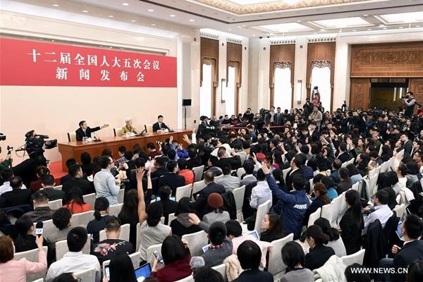 افتتاح الدورة السنوية لأعلى هيئة تشريعية صينية في يوم الأحد