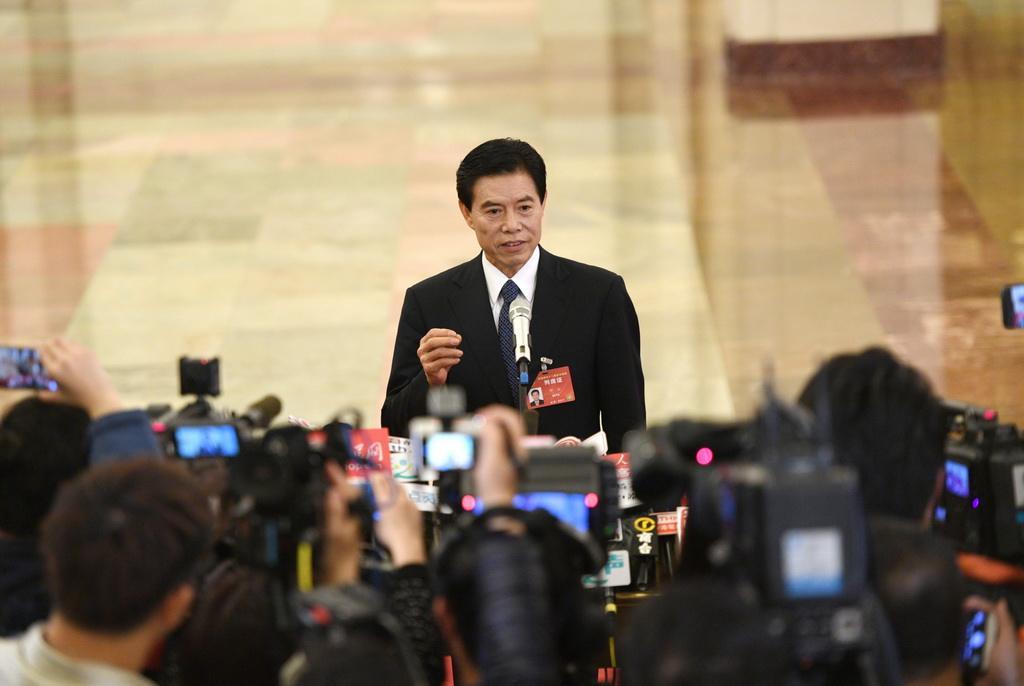 Министр коммерции КНР рассказал о приоритетах развития внешней торговли