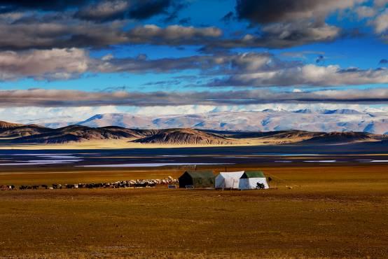 不到400元从北京坐火车去西藏 沿途风景美到爆!