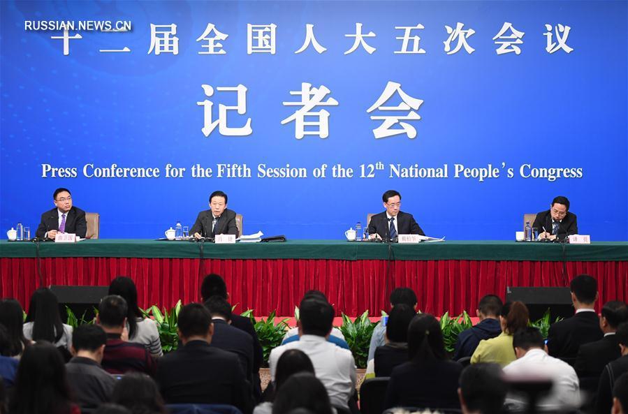 /Сессии ВСНП и ВК НПКСК/ Китай способен контролировать общий объем задолженности местных правительств в рациональном диапазоне -- министр финансов КНР